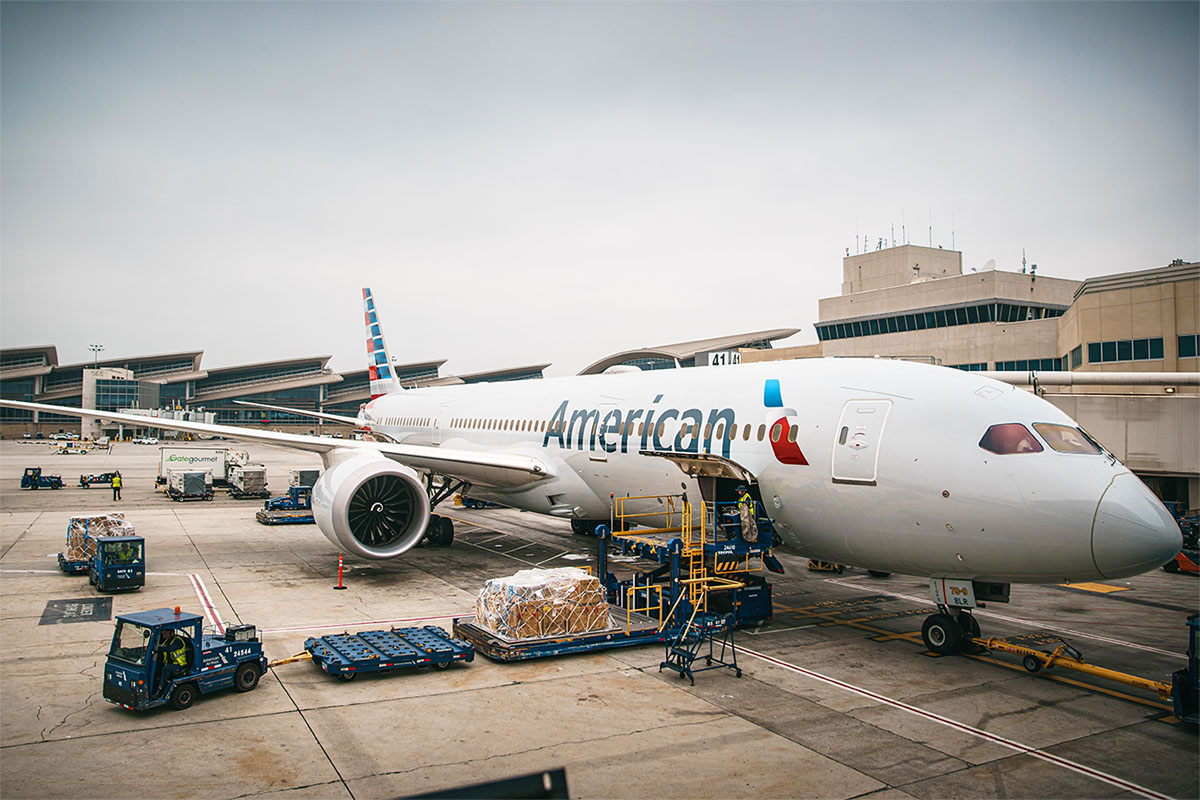 20210203american airlines plane