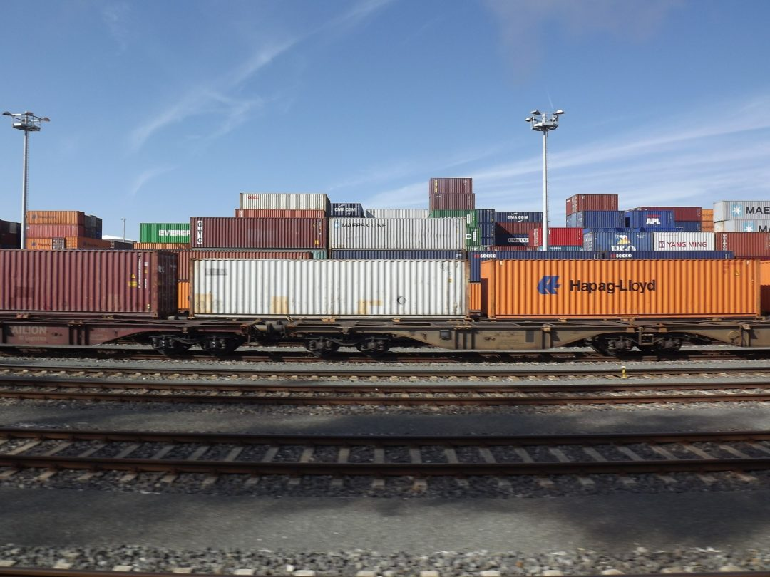 freight-train-363436_1920.jpg