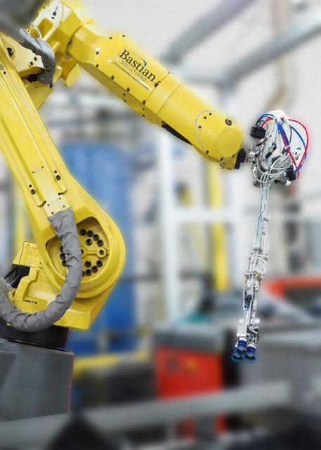 Bastian_Solutions_Robotic_Bin_Picking.jpeg