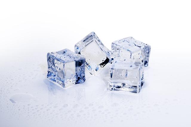 Ice cubes 3506782 640