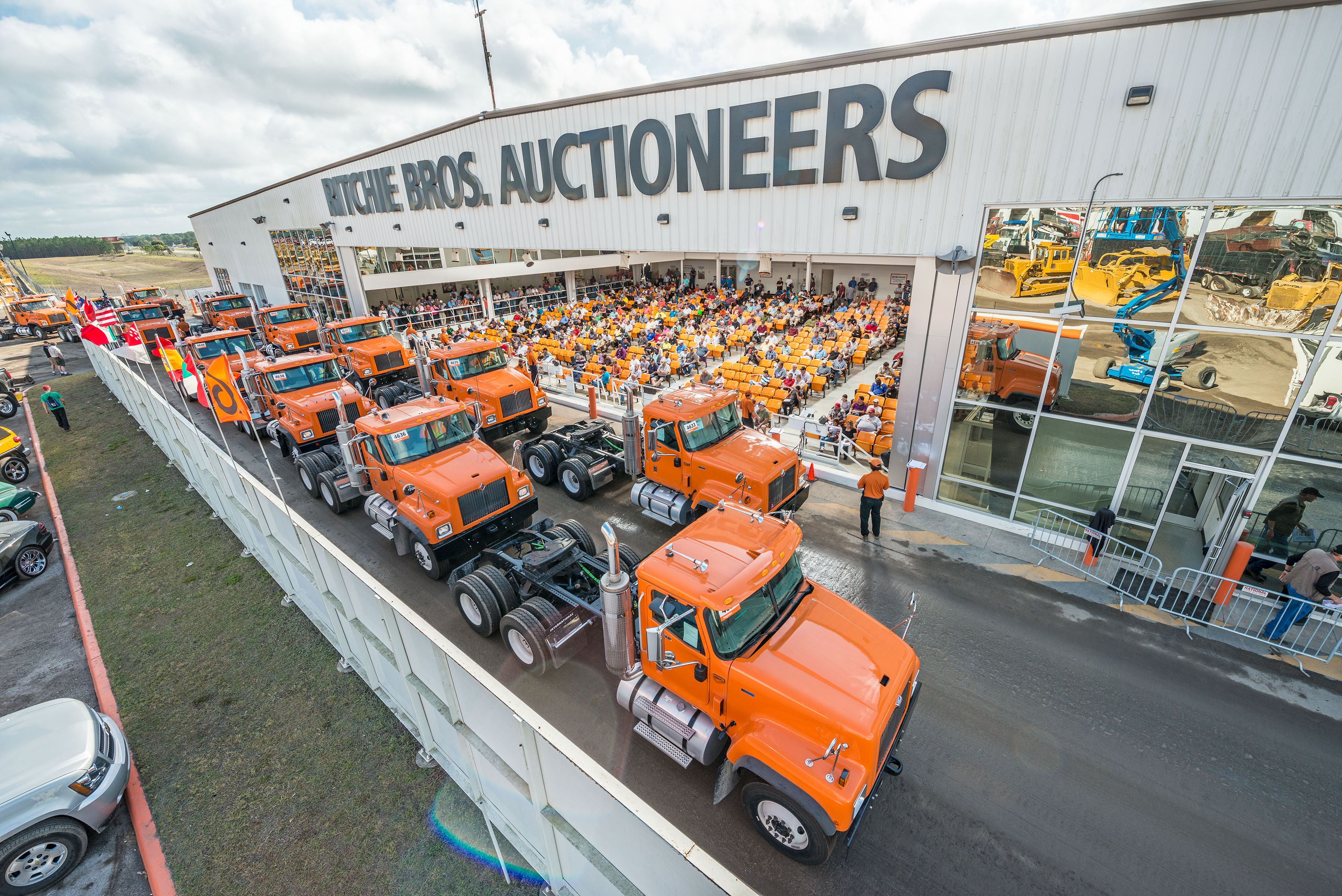 ritchie-bros-05-truck-tractors-orlando.jpg