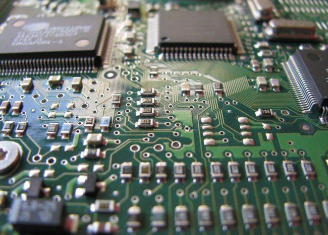 chips-main-board-89049_1280.jpg