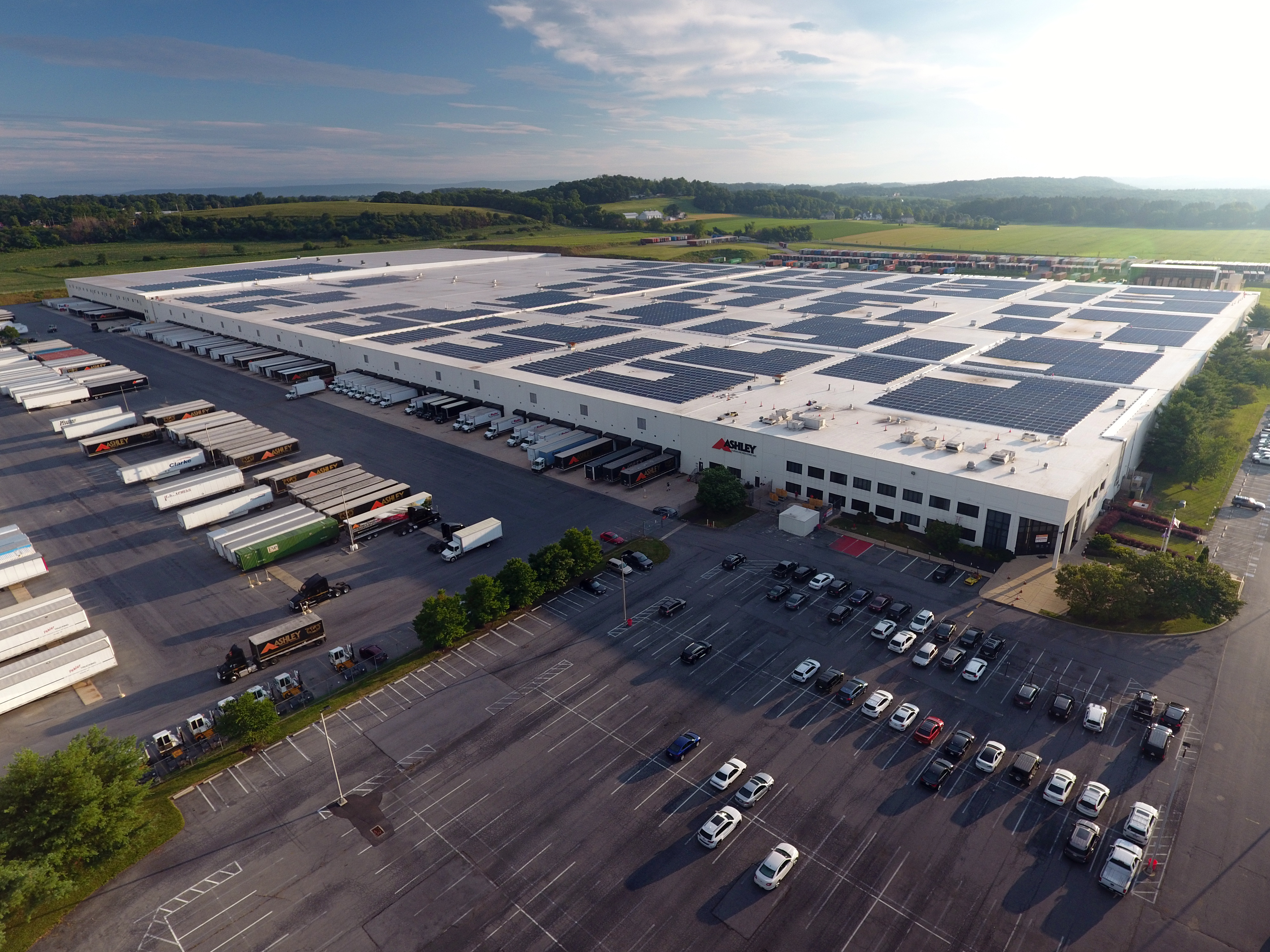 Rooftop solar panels help power Ashley Furniture DC in PA