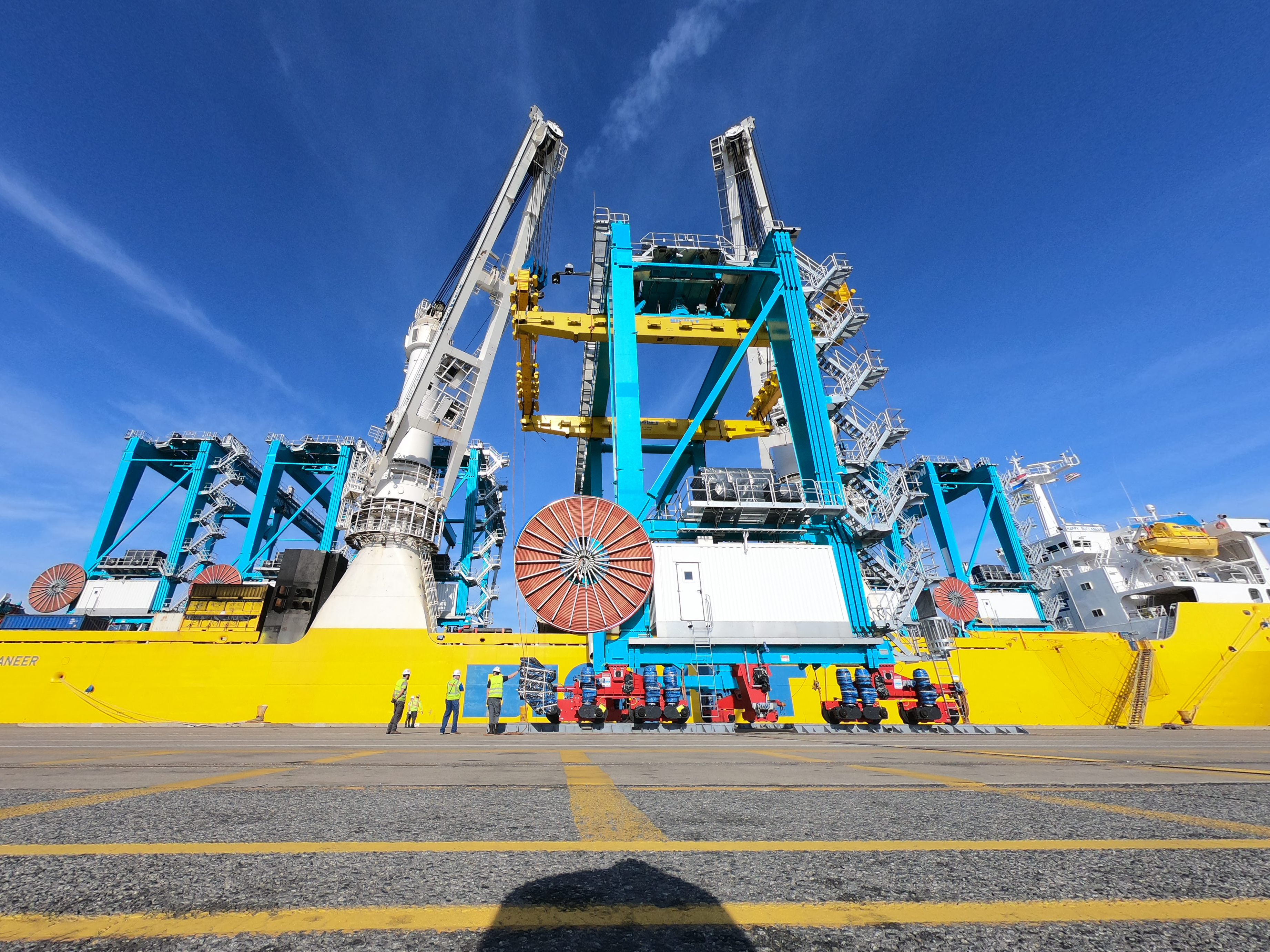 Final group of specialized cranes arrive at Port of Virginia