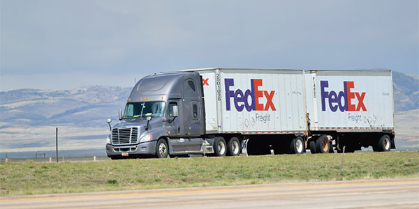 FedEx chairman says he's confident Congress will agree to extend length limits on twin trailers
