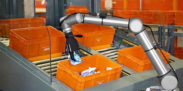 20170328news_righthand_robotics