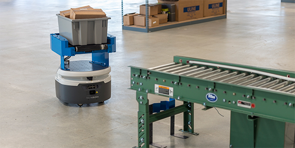 Fetch Robotics adds two models for material handling operations