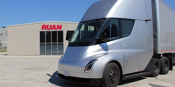 Tesla Motors Tours Electric Semi Truck To Customer Sites