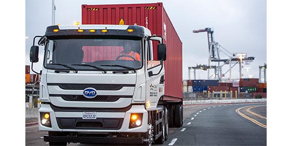Truckers at Port of Oakland expand trials of electric vehicles