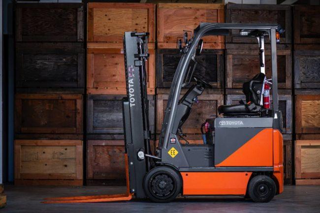 toyota electric lift truck