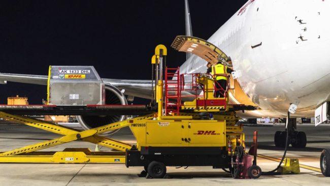 DHL express plane