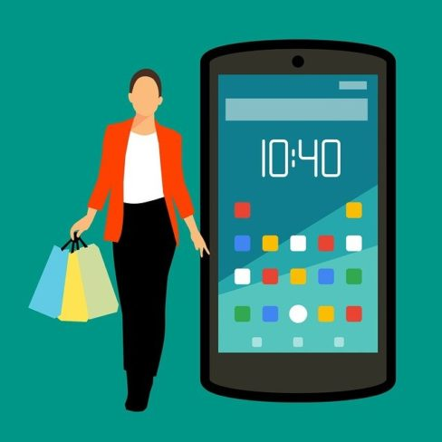 E-commerce drives retail, supply chain trends this holiday season