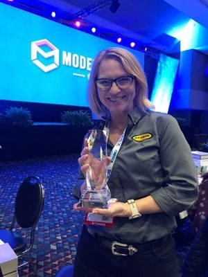 Lisa Richardson Honored as Young Professional of the Year