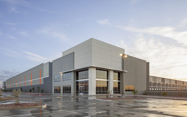 Hines completes largest single-building development; secures 1.25M Mlily lease