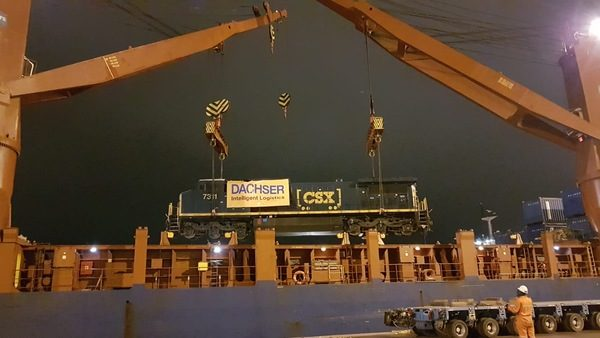 Dachser Peru transports locomotives from Port of Houston to Lima, Peru