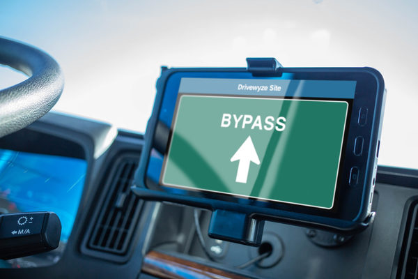 Drivewyze PreClear Weigh Station Bypass Now Available to KeepTruckin Customers to Improve Efficiency