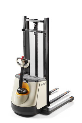 Crown Updates Stacker Offering with Improved M 3000 Series Walkie Straddle Stacker