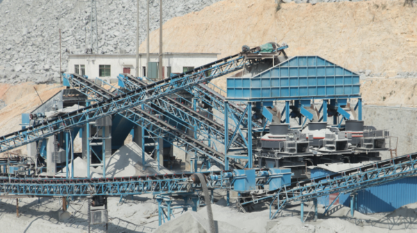 What are the advantages of the sand making machine?