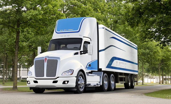 Kenworth Launches Its First-Ever Class 8 Battery-Electric Model – Kenworth T680E