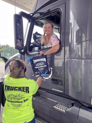 Port Manatee shows special appreciation to truckers