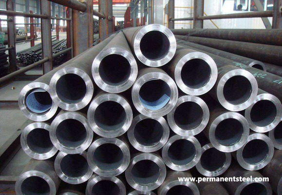 Which is better seamless or ERW steel pipe?