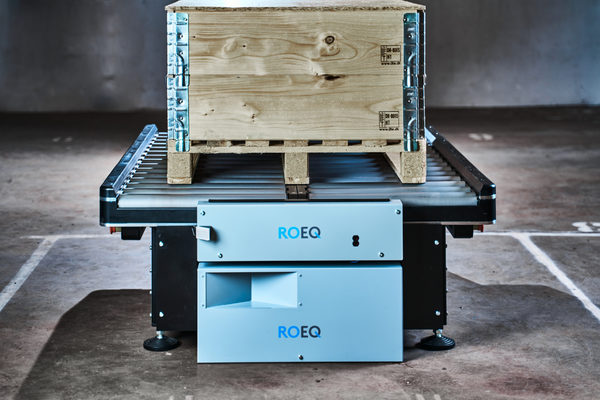 ROEQ's New GuardCom System Delivers Faster Transfer of Goods Between Mobile Robots and Stationary Co